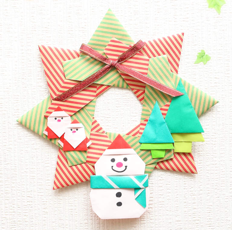 折り紙で作るクリスマスリースの折り方